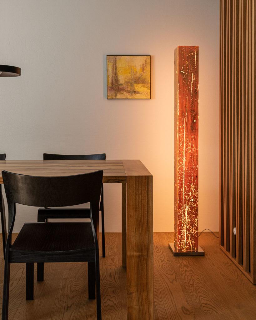 Designleuchten aus Altholz